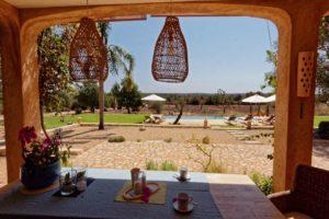 El Retiro Ses Salines | Terrasse mit Blick auf die Poollandschaft